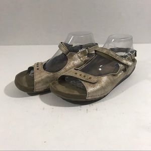 Wolky Walking Sandals Adjustable Strap sz 40